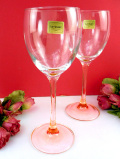 <フランス製>「luminarc」(リュミナルク)ステイの色が美しいピンク♪アートフルなクリスタルガラスのワイングラス「2点セット」