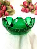 1940年代:たくさんの美しい気泡たち♪分厚い緑ガラスがきれいなお花のようなアートフルなボウル