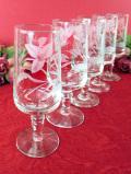 <英国ミッドセンチュリー>グラヴィール装飾が優雅♪クリスタルガラスのワイングラス「5個セット」