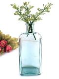 1920年代:たっぷりの気泡の淡い青緑ガラス♪カントリーな英国アンティークガラスボトル