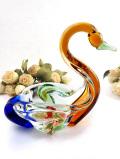 <英国ミッドセンチュリー>オレンジとグリーンとブルーとピンク♪分厚いクリスタルガラスがきれいな優雅な白鳥さんのボウル