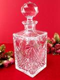 1930年代:2kgずっしりと重たいクリスタルガラス♪彫りの深いガラス細工が美しい四角いデカンタ