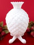 <英国ミッドセンチュリー>レア♪真っ白なパイナップル♪白いミルクガラスのふた付きBOX