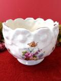 <英国ビンテージ>英国の優しいお花たちのブーケ♪金彩も美しい鉢カバー