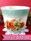 <ルーマニア製>華やかな赤いポピー♪ペパーミントグリーンが優しい鉢カバー