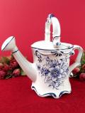 <ポルトガル製>優しいお花たち♪ブルー&ホワイトの美しいハンドペイントの陶器細工のジョーロ
