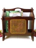 <英国ビンテージ>オールドオークと竹編みの素敵なこげ茶色の英国のマガジンラック