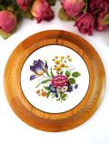 <英国ビンテージ>陶器に描かれたお花たち♪木工細工と陶器のウォールオーナメント