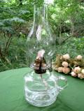 1940年代:ぽったりとぶ厚いアンティークガラスがきれいな珍しいデザインのオイルランプ