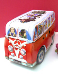 <Coca Cola Tin bus Volkswagen>コカ・コーラの伝統的な大きなTIN缶のバス