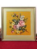 <英国ビンテージ>素晴らしいハンドメイド♪大輪の豪華なバラのお花の手刺しゅうの大きな額