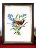 <英国ハンドメイド>英国のクロスステッチ♪愛らしい野鳥さんとブルーベルのお花の額