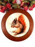 <英国ミッドセンチュリー>英国の森のリスさん♪カントリーな空気があたたかな丸い陶器のぶ厚い鍋敷き「スタンド付」