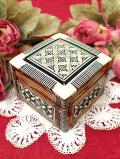 <英国ミッドセンチュリー>素晴らしい白蝶貝細工♪とても美しい英国の木製の愛らしい宝石箱