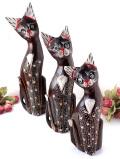 <英国ミッドセンチュリー>愛らしい猫さん♪英国アンティークの3匹の木彫りの猫さん家族の置物