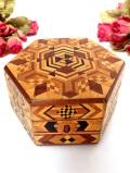 1940年代:素晴らしい象嵌細工♪優雅な六角形の木箱