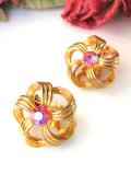 <英国ミッドセンチュリー>金色の輝き♪7色に輝くピンククリスタルのイヤリング