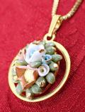 ★★<Jon Richard>美しい金彩♪英国ビンテージの陶器細工のお花のブーケのネックレス