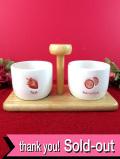 <英国ビンテージ>素敵な木製の持ち手付きの台座♪とても珍しい陶器のジャム&マーマレードポット