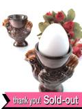 1950年代:可愛いめん鳥さん♪ぽったりとした茶色い陶器のエッグスタンド「2個セット」