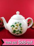 <英国ミッドセンチュリー>ロマンチックなエンレイソウのお花♪ぽったりとぶ厚い陶器の大きなティーポット