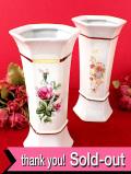 <英国ミッドセンチュリー>英国のロマンチックなお花たち♪金彩も輝く六角形のフラワーベース