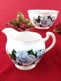 <Queen Anne>青いバラのお花♪金彩も華やかなミルクジャグ&シュガーボウル「2個セット」