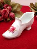 <英国ビンテージ>愛らしいお花たち♪ぽったりとぶ厚い陶器のパンプスの置物