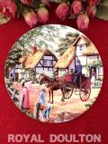 <Royal Doulton:限定品>「The Postman」♪馬車で郵便を配達する英国カントリーサイドの絵皿