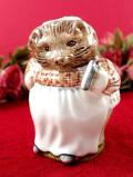 <ロイヤルアルバート>「Mrs Tiggy Winkle」♪大好きなティギーおばさんの可愛いフィギュア