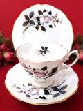 <ロイヤル・アルバート>レア♪「QUEEN'S MESSENGER」♪白とピンクのバラのトリオ