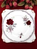 <ROYAL STAFFORD>「ROSES TO REMEMBER」♪ロマンチックなバラが咲き誇る大きなサンドイッチプレート「スタンド付」