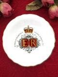 <Royal Grafton>1977年:「SILVER JUBILEE」♪とても貴重なエリザベス女王の飾り皿「スタンド付」
