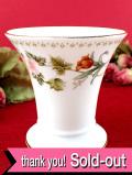 <廃盤レア♪ウェッジウッド>「MIRABELLE」(ミラベル)♪イングリッシュガーデンのお花たちが美しいフラワーベース