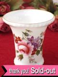 <ROYAL CROWN DERBY>「DERBY POSIES」バラのお花のブーケ♪たっぷりとした金彩も輝く愛らしいスモールフラワーベース