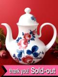 <ドイツ製:Seltmann Weiden>ドイツのピンクのバラと青い葉たち♪ぽったりとぶ厚い陶器のティーポット:通常価格3980円→