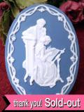 <FRANKLIN MINT:限定品>「NOVEMBER : THE VICTORIAN YEAR」ヴィクトリアンレディと紳士の白いレリーフが美しい11月のコレクターズオーナメント「証明書&説明書付」