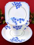 <TAYLOR & KENT>1930年代:アールデコデザイン♪銀彩も珍しいブルー&ホワイトの美しいトリオ「専用スタンド付」