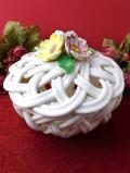 <1950年代:スペイン製>立体的なお花の陶器細工♪透かし細工が美しい陶器の大きめポプリボウル