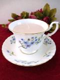 <RICHMOND>甘いバニラの香り♪水色の野の花たちのロマンティックなカップ&ソーサーのアロマキャンドル