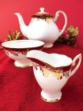 <ROYAL STANDARD>金彩のお花たち♪たっぷりとした金彩のティーポット&ミルクジャグ&シュガーボウル「3点セット」