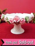 <英国ビンテージ>立体的なバラのお花たち♪陶器細工がきれいなロマンチックなコンポート「お箱付」