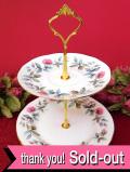 <英国ビンテージ>ピンク色のオールドローズ♪ロマンチックな持ち手付2段ディッシュ