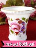 <ROYAL CROWN DERBY>英国の華やかなバラのお花たち♪「Derby Posies」の愛らしいフラワーベース