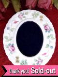 <ウェッジウッド>可憐なバラの実♪「ROSEHIP」の貴重で珍しい陶器のフォトフレーム
