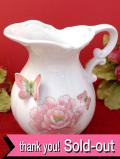 1950年代:立体的な蝶々の陶器細工♪大輪のピオニーのお花のウォータージャグ