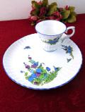 <CROWN>青と紫のタチアオイのお花たち♪愛らしい蝶々も舞う美しいテニスセット