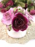 <ROYAL STRATFORD>優雅なフラワーベースに生けられた可憐なバラのお花たちの大きな陶器細工