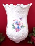 <エインズレイ>「LITTLE SWEETHEART英国のスィートピーのお花たち♪大きな壁掛け型のフラワーベース