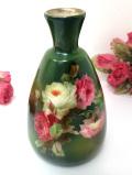 1940年代:優雅なバラのお花たちのブーケ♪緑色が美しい陶器のフラワーベース